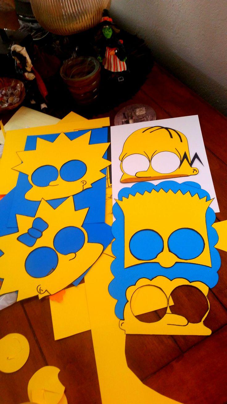 Simpsons party mas                                                                                                                                                                                 Más