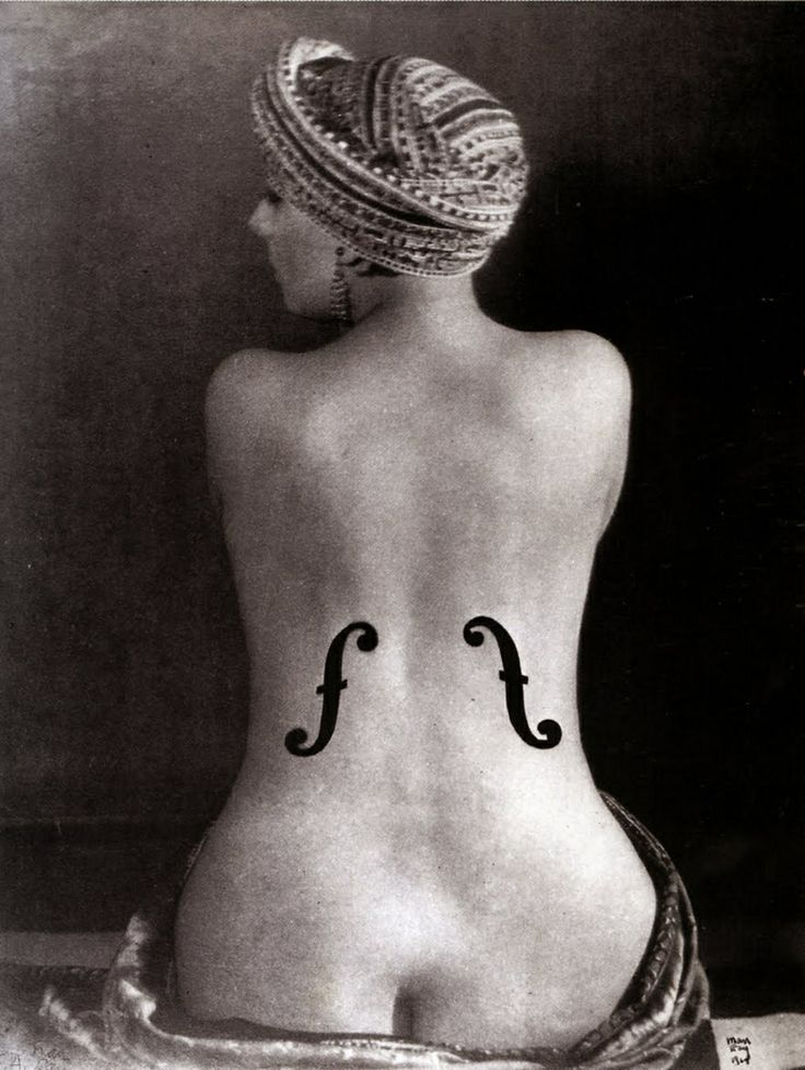 Man Ray - Le violon d'Ingreshttp://manufactureduregard.tumblr.com/post/59476514059/man-ray-photographe-surrealiste-photographe