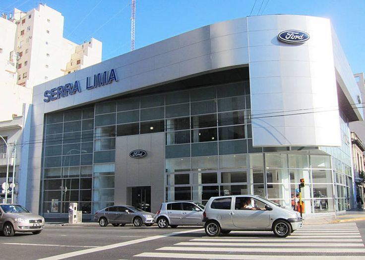 Encontrá las mejores ideas e inspiración para el hogar. Ford Serra Lima AGENCIA AUTOMOTOR -CÓRDOBA Y AGUERO C.A.B.A. por   homify