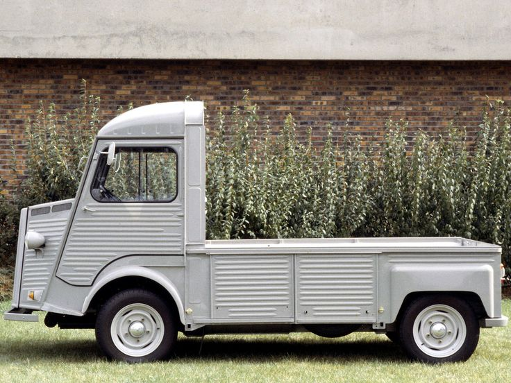Pinned by http://FlanaganMotors.com.  Citroen HV flatbed