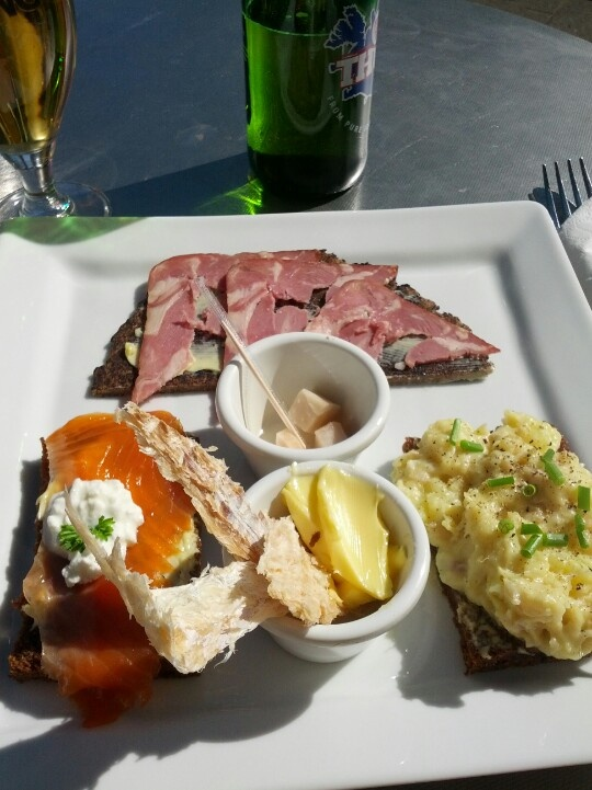 17 best images about iceland food bars on pinterest for Best koi food