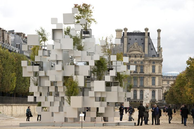 Over the weekend, Japanese architect Sou Fujimoto exhibited an inhabitable sculpture of stacked and suspended aluminu...