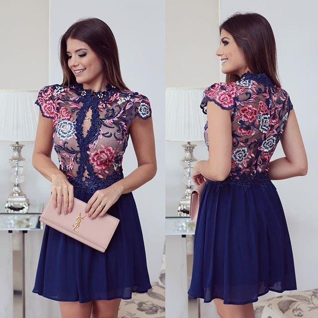 {Princess ✨} Vestido com renda bordada by @lilybelleoficial