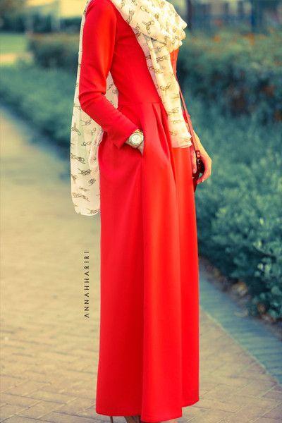 Red aka abaya
