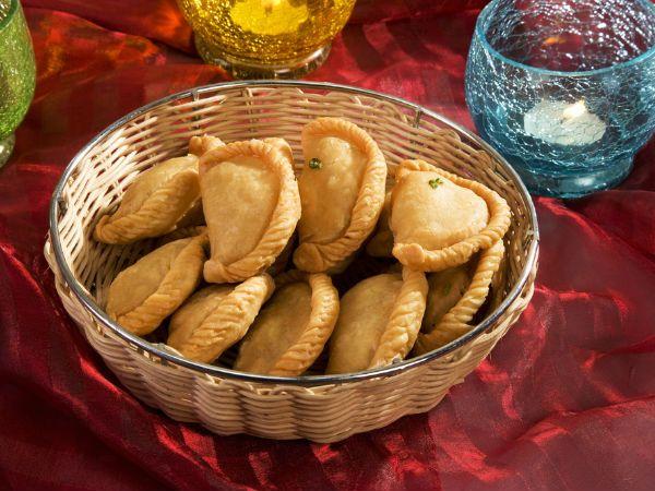 Die besten 25+ Recipes diwali sweets sanjeev kapoor Ideen auf - indische k che vegetarisch