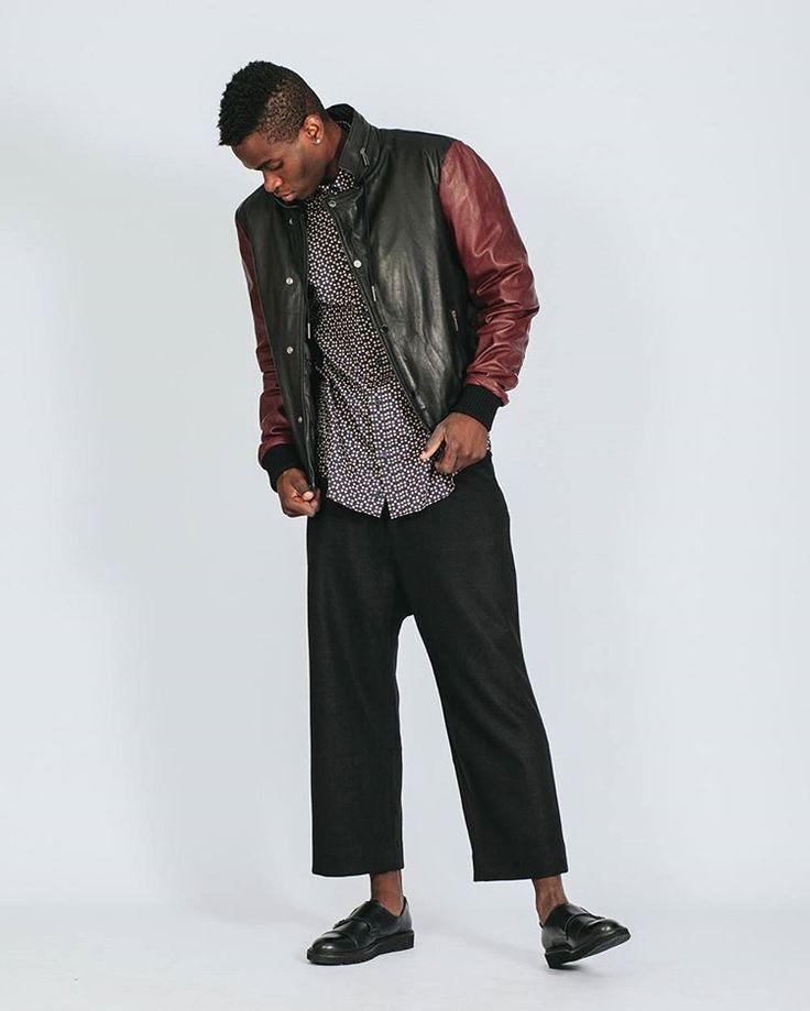 #HappyFriday SALE up to 50% off to our collection. #shoponline now! #hionidismankind #mensfashion #menswear #menstyle #shoponline #onlinefashion #mensoutfit #mensootd #ootd #globalfashion #highfashion #luxuryfashion #instafashion #fashiononline #onlineshop #luxuryshop #sale #seasonsale #fashionformen