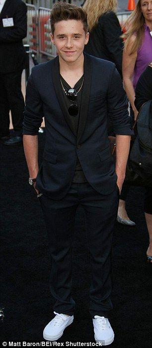 Brooklyn Beckham work on Guy Ritchie's new King Arthur film #dailymail
