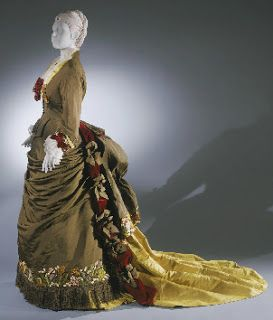 Charles Frederick Worth GOWN | Charles Worth - 2 (1961 - 1878)