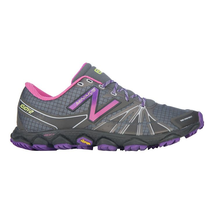 Take to the trails, getting comfortably closer to Ma Nature by running in a lightweight, minimalist shoe that also offers plenty of trail protection, the newly updated womens New Balance Minimus 1010v2 Trail running shoe