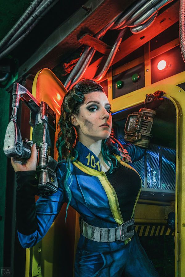 """This Vault Dweller from Fallout looks like she could totally ruin the Overseer without batting an eyelash. It's the work of cosplayer Amiko-chan and photographer Dzeta&Aiger . Her costume, """"dirty"""" makeup, and backdrop really brings this character to life.  Read more at http://fashionablygeek.com/costumes/fallout-vault-dweller-cosplay/#LjZPDzTy9XlRLZqb.99"""