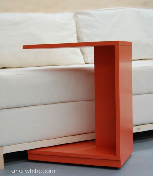 I seriously need this! I want to make this!  DIY Furniture Plan from Ana-White.com  This simple little C table makes a modern nightstand or a quick snack table. Rolls under the couch to put a laptop in your lap.