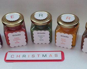 Set di candele di Natale. Quadrato, vite superiore vasi, con una varietà di cera e combinazioni di profumo di Natale!