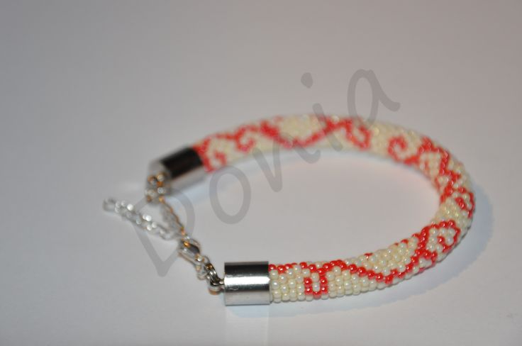 Bead Crochet Bracelet - Red pattern