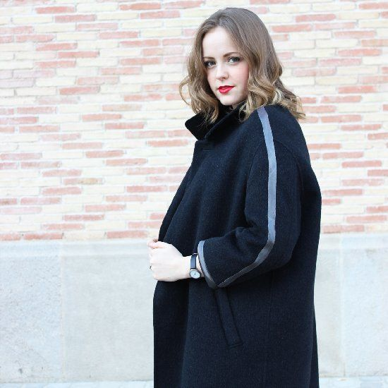 Customize an old second hand coat to create your trendy XXL coat for this season under 20€.