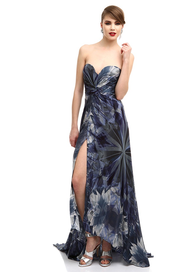 Museum of Fine Clothing Elbise Markafoni'de 2400,00 TL yerine 1399,99 TL! Satın almak için: http://www.markafoni.com/product/3636590/
