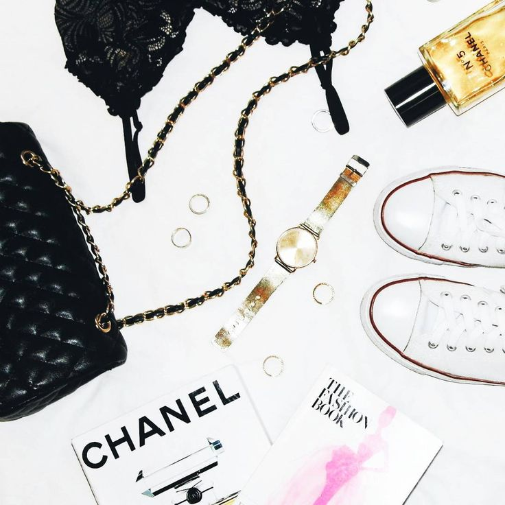 White flat lay ideas with gold accents. See Instagram photos and videos from Nikki Lois (@nikkilois)