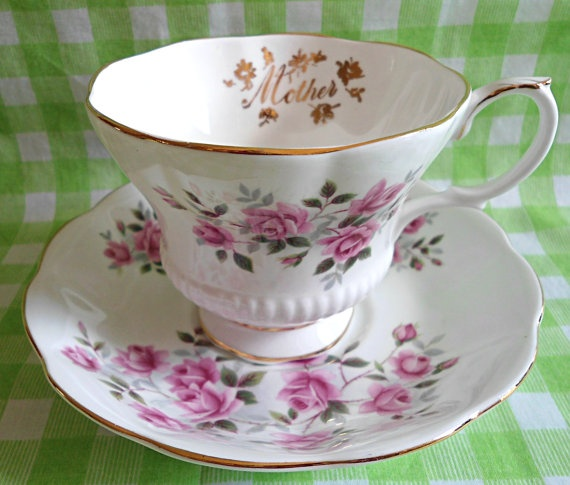 Beautiful Royal Albert Mother Pink Roses Teacup & by RoyalRummage, $20.00 FREE GIFT WRAPPING FOR MOTHERS DAY.