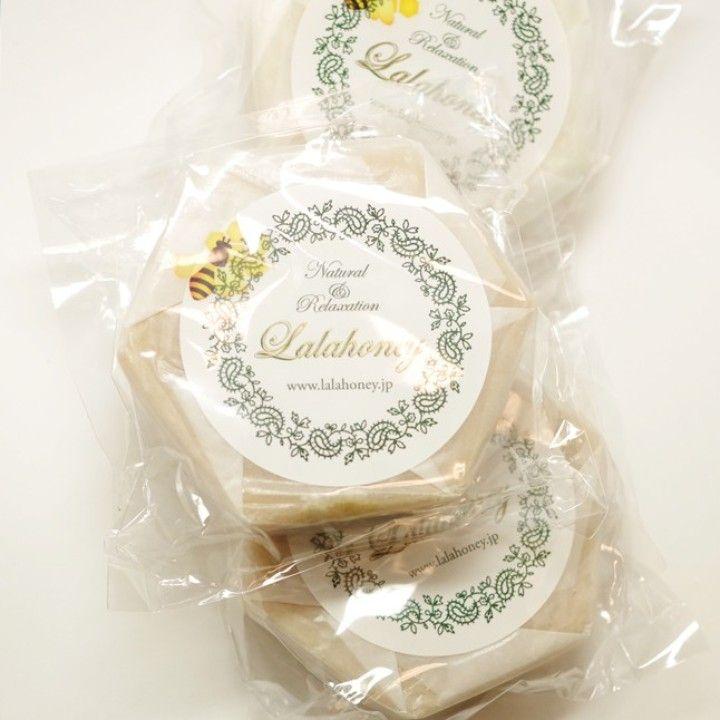 Squareマーケットに掲載されているはちみつショップぷちはにの蜜蝋石鹸(¥5、040)をチェック。