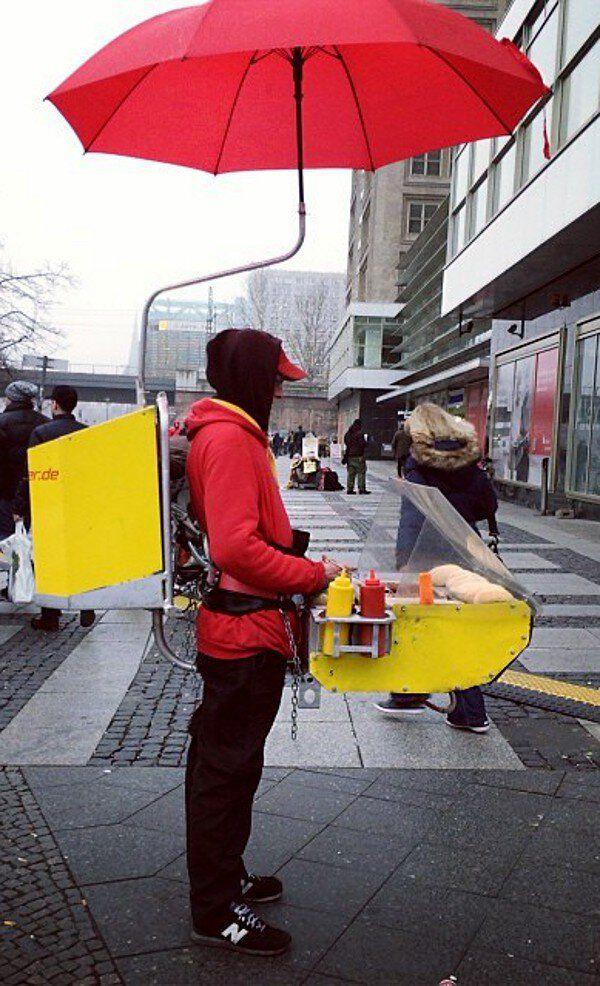 insolite ambulant hot-dog mobile vendeur