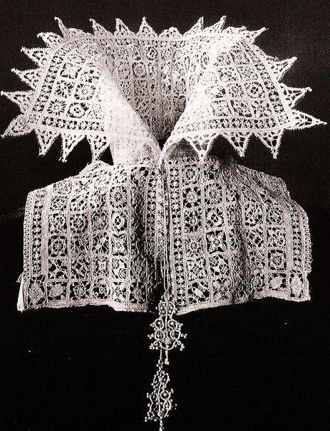 Fine Italian Lace Collar, 1610.