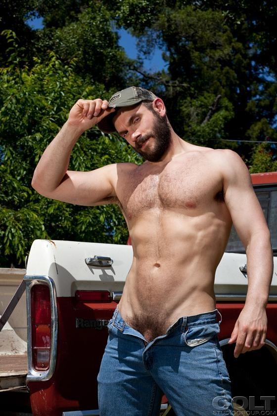 hot young men naked rednecks