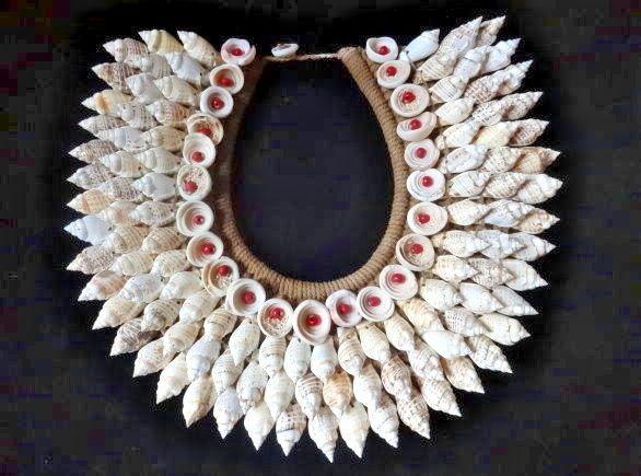Boho Luxe Shell Necklace Sheer Women Fashion Boho Chic Fashion Week Home Decor #Unbranded