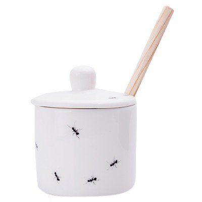 A super cute and minimalistic handmade sugar pot and spoon, the perfect gift for a tea or coffee lover. Ants and sugar go well together! Love Milo Ants Lidded Sugar Pot & Spoon from Faithful to Nature. Eco-friendly product from South Africa. Affiliate link.