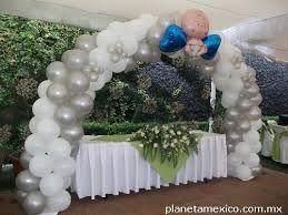 Resultado de imagen para decoracion con globos para bautizo