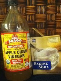 Did you know that baking soda and apple cider vinegar are great for clarifying the hair, removing product buildup and residue, and dirt from the scalp and hair follicles? That's right! Baking soda ...