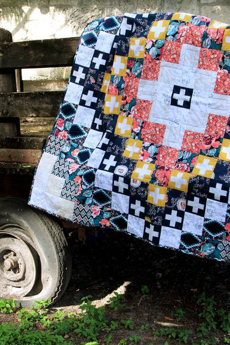 Beautiful artisan vibes. Make this quilt with the ready-to-make kit! #ArtGalleryFabrics #Sew #Stitch #Thread #Kit #DIY #Design #Craft #HowTo #Makeit #Quilt #Fashion