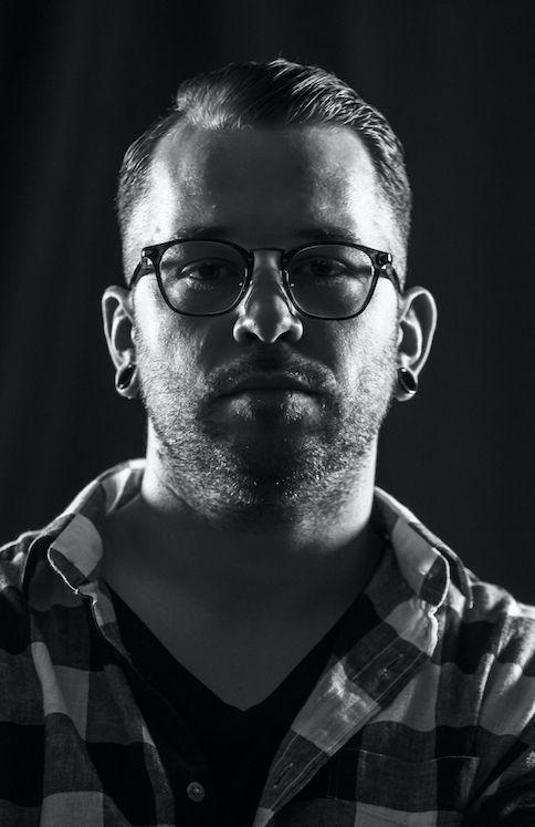 Shooting Ottici De Vidal | www.ofmagnet.com #photo #shooting #glasses #sunglasses #people #lookbook #fashion #boy #branding