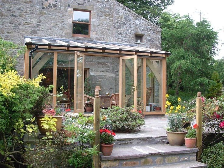Oak lean-to extension #greenhouse #conservatory #serre