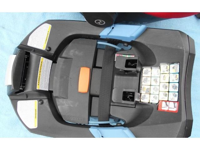 Cybex Platinum Aton Q and Base with load leg - For Babies - Infants - Grand Island - Nebraska - announcement-84587