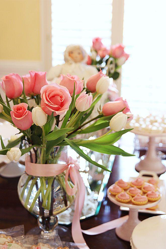 Ducha de la niña de Pizzazzerie - rosa y rosas!