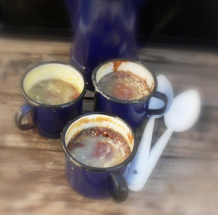 Apricot jam pudding