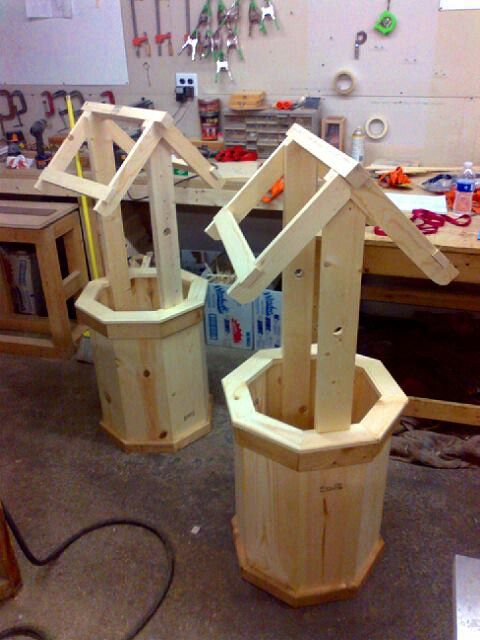how to build a wishing well out of wood
