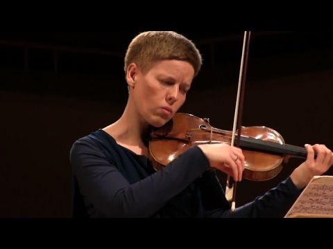 Bach Sonaten und Partiten - Isabelle Faust - YouTube