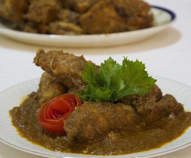Indonesian Medan Food: Ayam Pinadar ( Batak Style Chicken )