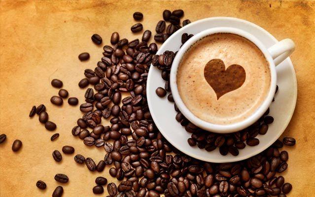 Os benefícios do café  A bebida mais popular do mundo o combustível de todas as tuas manhãs o café - é também um poderoso recurso para prevenir e tratar diversos problemas de saúde. Você sabia que esse querido hábito de sua rotina pode ajudar a combater várias doenças? Diversos estudos médicos têm mostrado.  As propriedades do café foram determinadas depois de um longo análise que exigiu nada menos do que duas décadas. Alguns cientistas da Universidade de Harvard acompanharam e avaliaram…