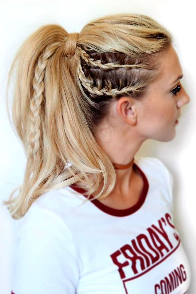 Don't know how to make your ponytail hairstyles for the gym cute and practical at the same time? Our ideas will help you with this puzzle.