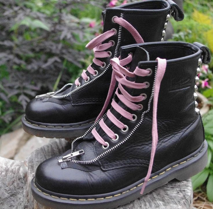 Rare black Dr Martens boots UK 5 EU 38 silver studs and zips VGC 8 hole