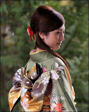 伝統衣装を着てる女の子をあげてくスレ 海外の反応 - かいはん! ー海外の反応・翻訳ー