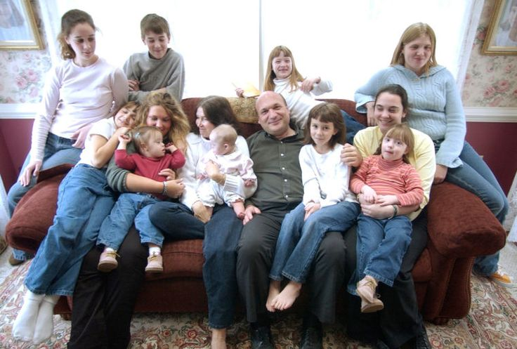 """Unremarkable"" Family Has 20 Kids and Counting http://www.lifenews.com/2014/03/05/unremarakable-family-has-20-kids-and-counting/"