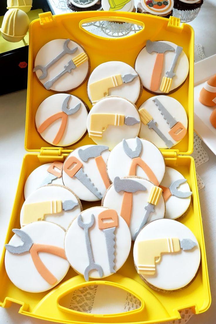 Cupcake: Contruction Birthday Party
