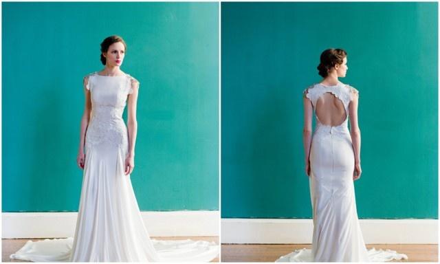 Nuestro vestido de la semana es de la diseñadora estadounidense Carol Hannah, conocida por sus caprichosos trajes de novia con movimiento fluido, las combinaciones innovadoras de textiles y un trabajo único con detalles hechos a mano único.