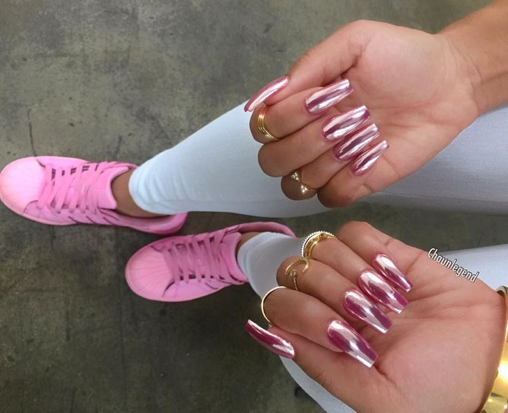 21 chrome nails that prove this is the biggest manicure trend right now