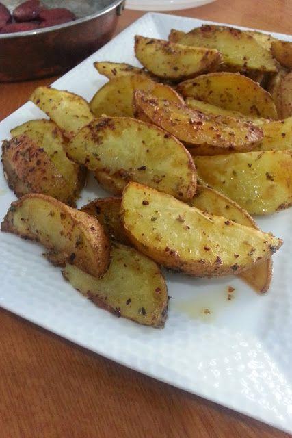 Fırında baharatlı elma dilimi patates