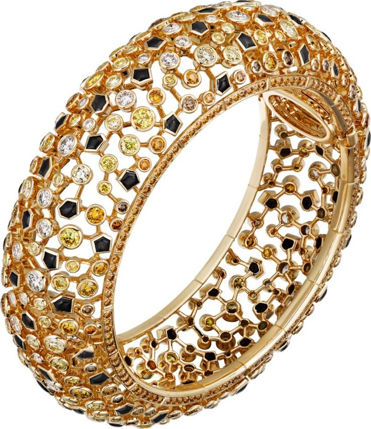 CARTIER. Bracelet - or jaune, obsidiennes, diamants bruns, orange, jaunes et blancs taille brillant. #Cartier #ÉtourdissantCartier #2015 #HauteJoaillerie #HighJewellery #FineJewelry #Obsidian #BrownDiamond #OrangeDiamond #YellowDiamond #Diamond