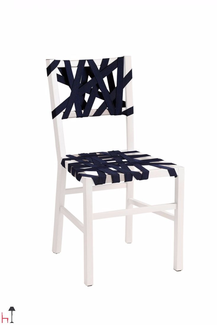This chair by Villa Salotti draws inspiration from traditional wooden chairs, enriched by a seat made from plaited.