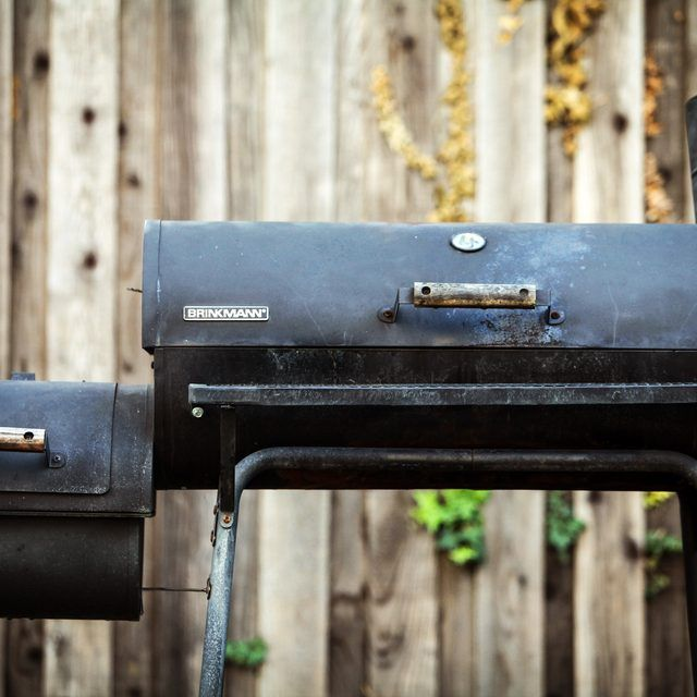 How to Control Temperature in a Charcoal Smoker